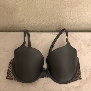 Victoria's Secret: Cheetah Print Demi Bra 36D